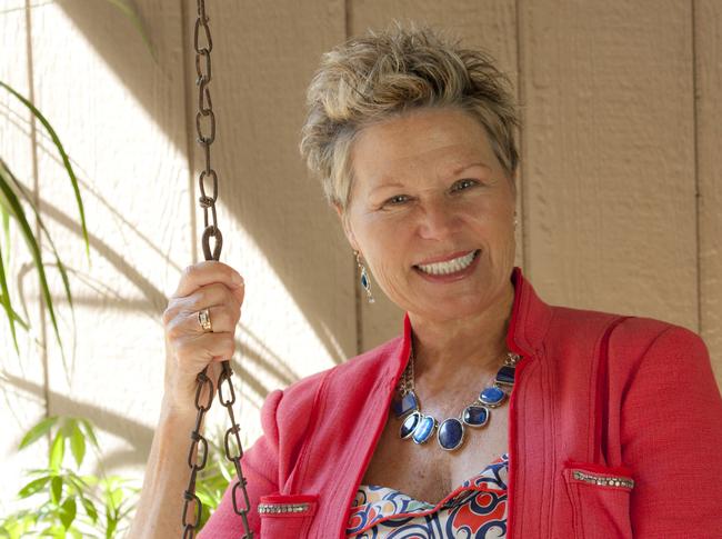 Speaker Cathy  Newton Living in Full Swing!